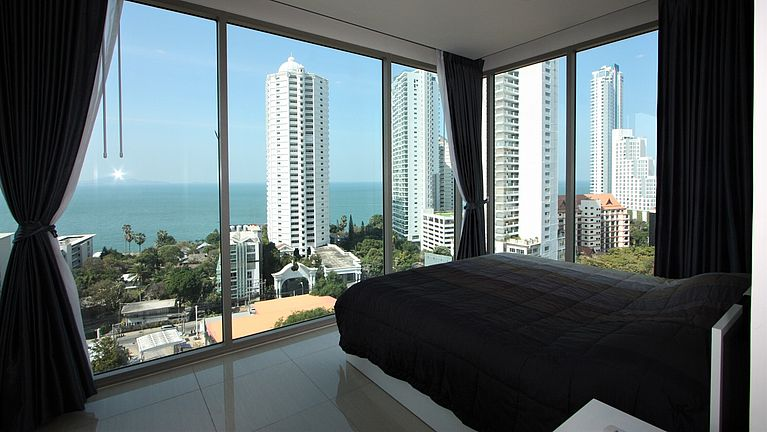 Fantastic Wongamat Beach views from the master bedroom